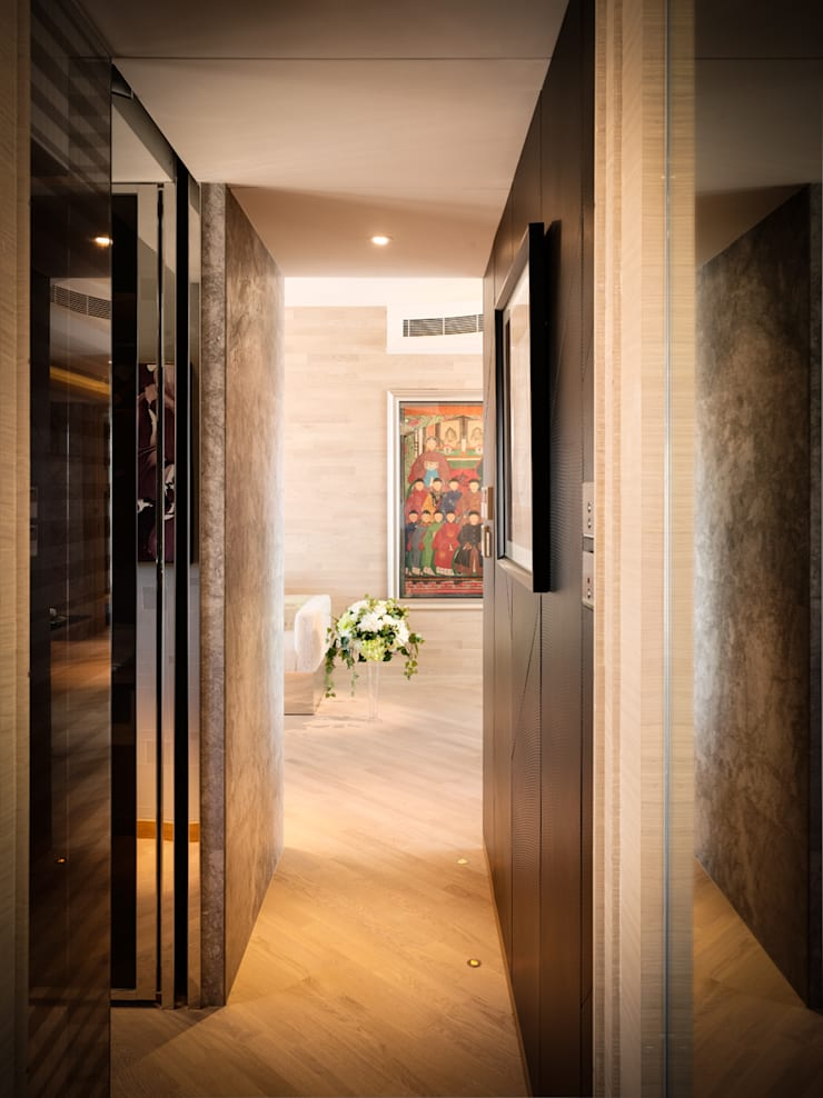 Mount East Asian style corridor, hallway & stairs by wayne corp Asian