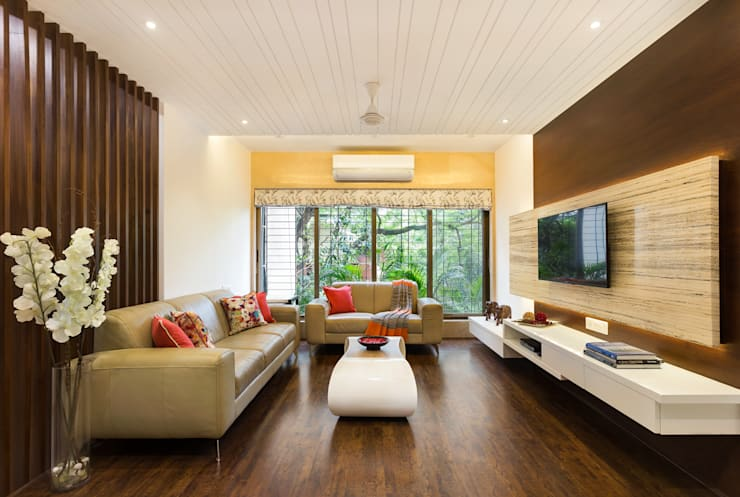 Living Room:  Living room by The design house