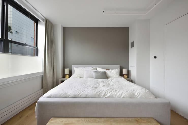 غرفة نوم تنفيذ KBR Design and Build
