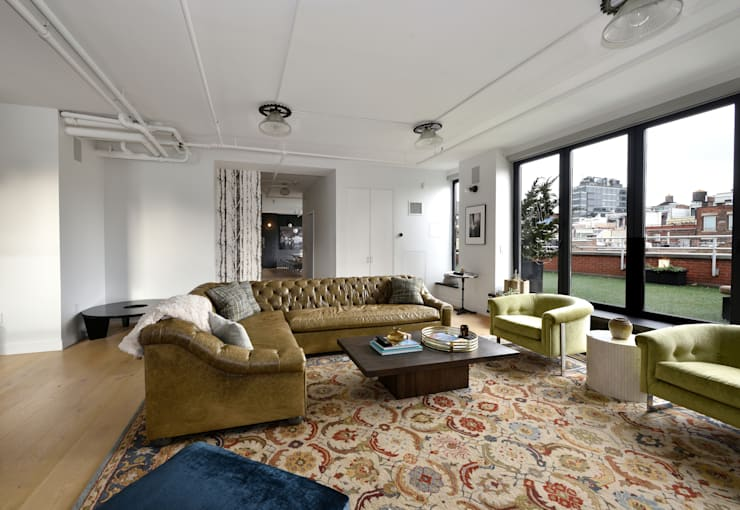 Renovation at 7 Wooster:  Living room by KBR Design and Build