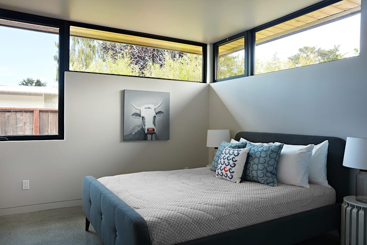 Bedroom by Klopf Architecture