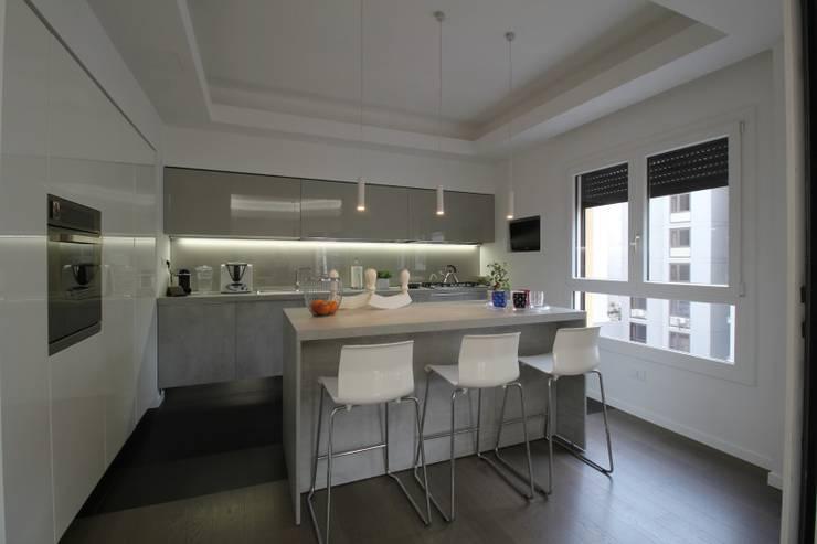 مطبخ تنفيذ Giuseppe Rappa & Angelo M. Castiglione