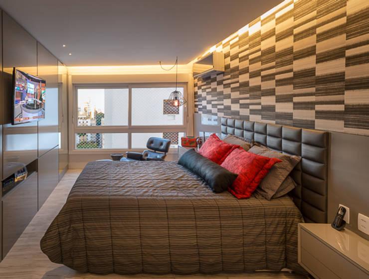 moderne Slaapkamer door Quadrilha Design Arquitetura