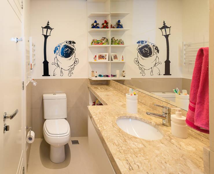 Banheiro Filhos1: Banheiros  por Quadrilha Design Arquitetura