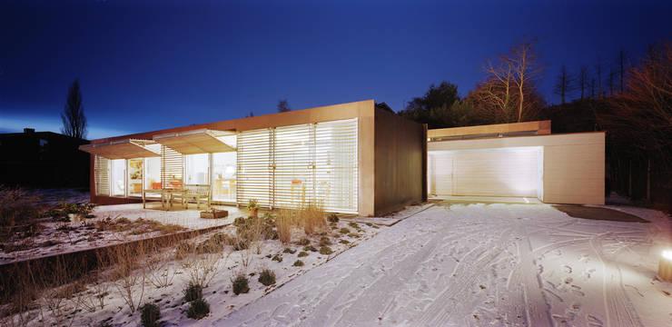 Villa Deys:  Huizen door Architectenbureau Paul de Ruiter