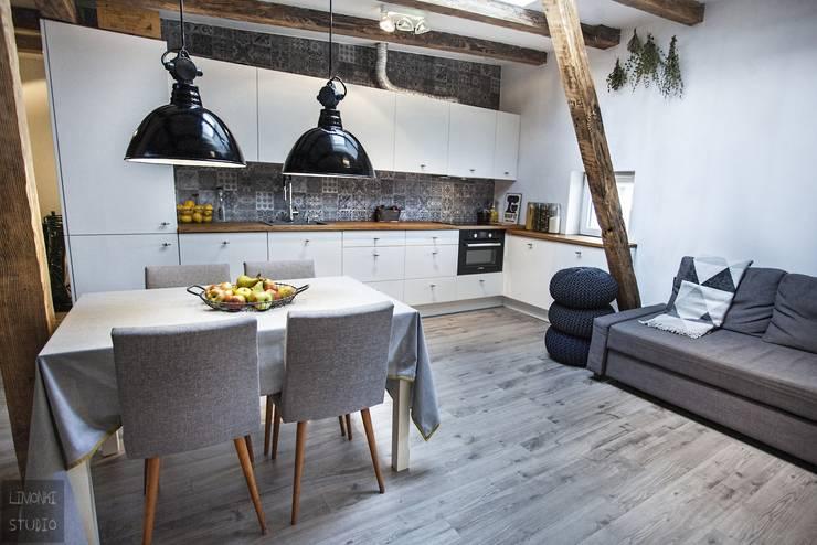 Cocinas de estilo  por Limonki Studio Wojciech Siudowski