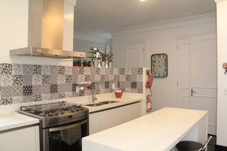 Kitchen by ARK2 ARQUITETURA
