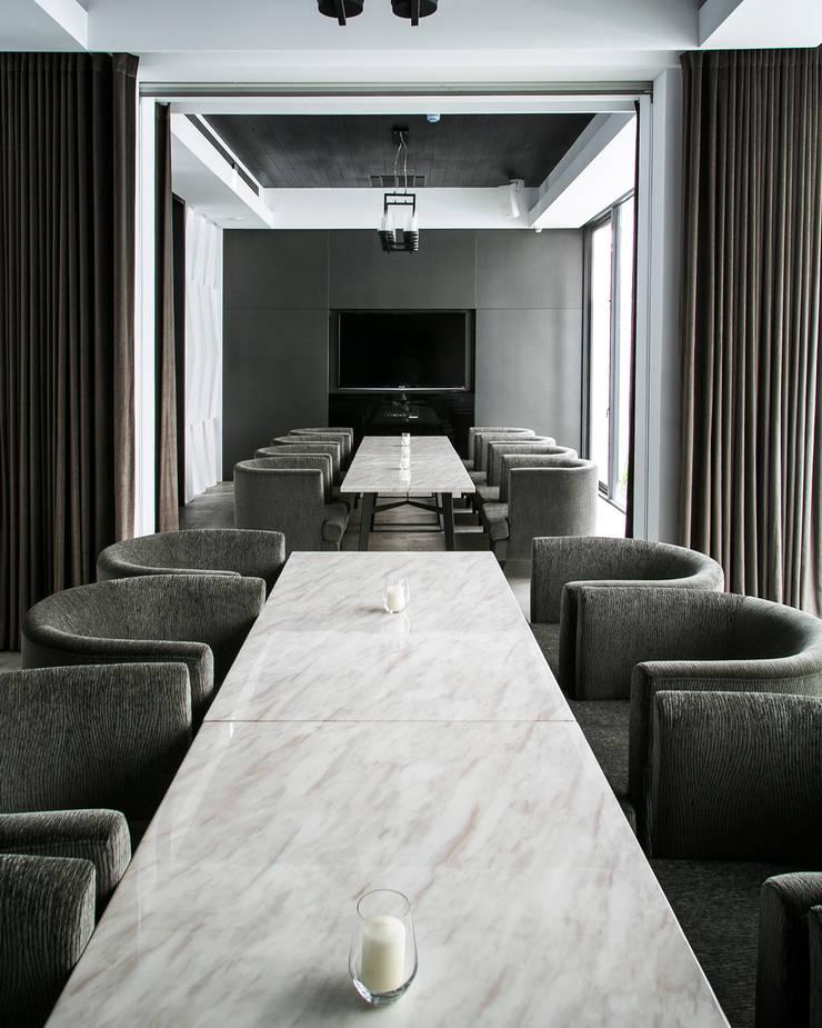 Beluga Restaurant& Bar vip包廂:  酒吧&夜店 by 原形空間設計