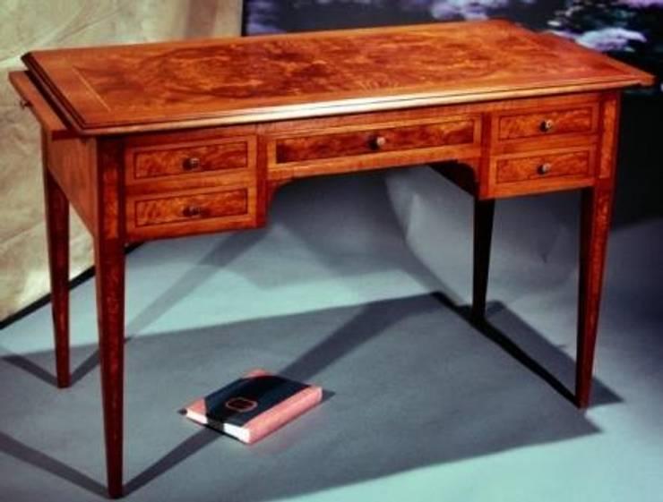 classic Study/office by M.I.A. Mobili Intarsiati Artistici - Luxury Furniture