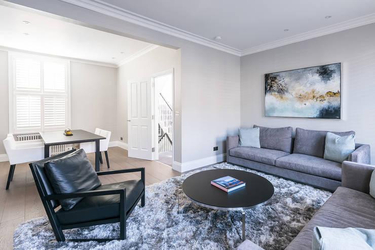 Living room by Grand Design London Ltd, Modern