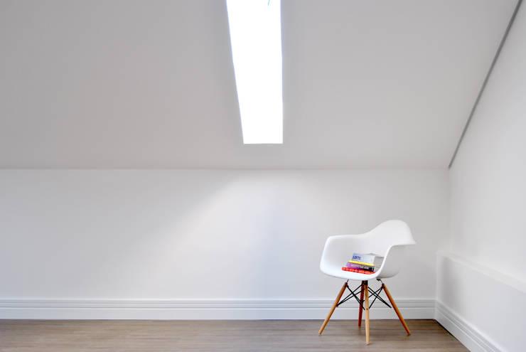 Chambre de style  par K+S arquitetos associados,