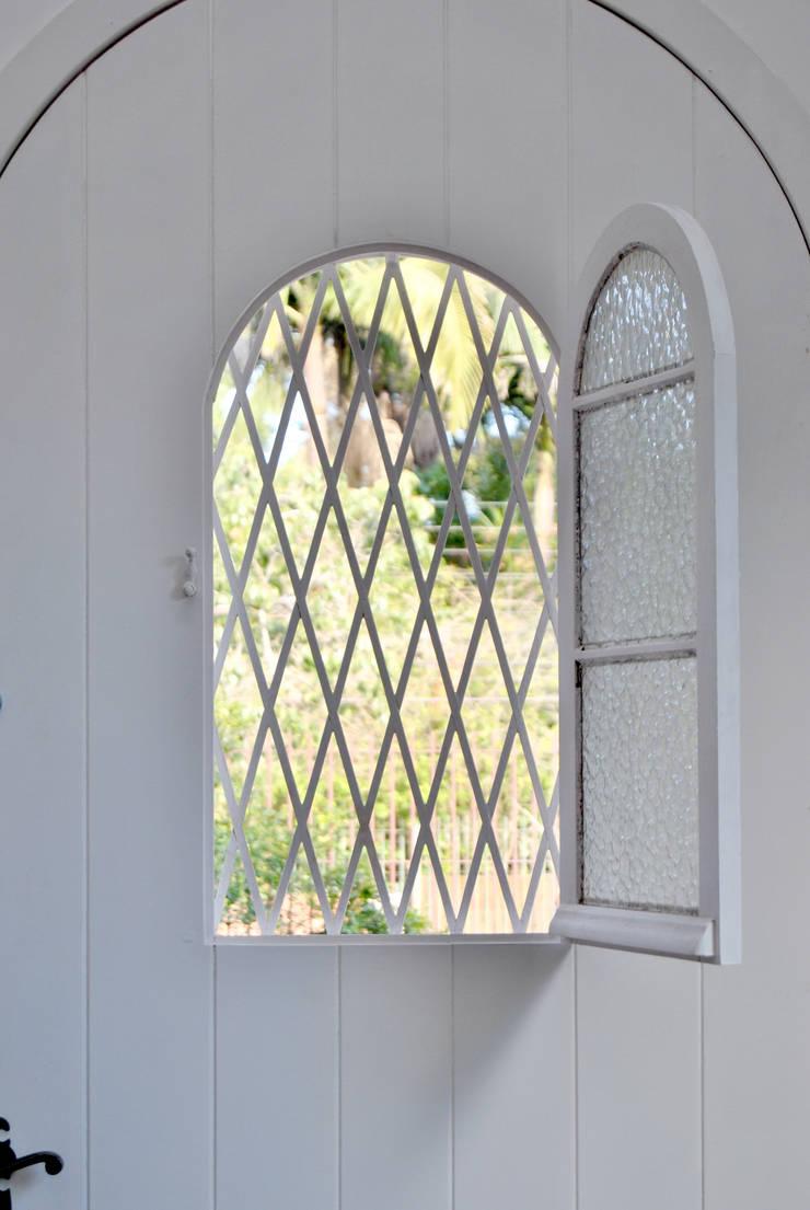 Fenêtres de style  par K+S arquitetos associados,