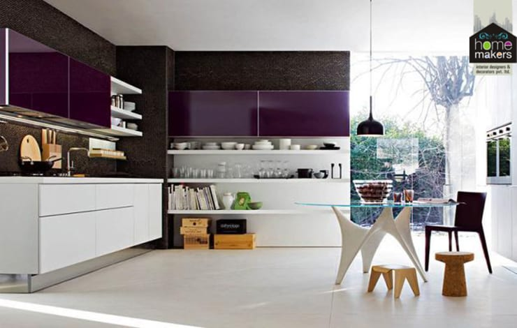 Purple Kitchen:  Kitchen by home makers interior designers & decorators pvt. ltd.