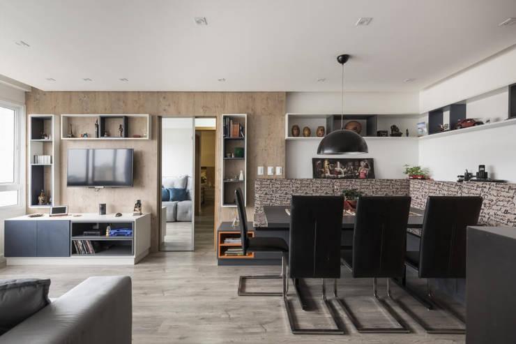 Apartamento GPF: Sala de jantar  por 151 office Arquitetura LTDA
