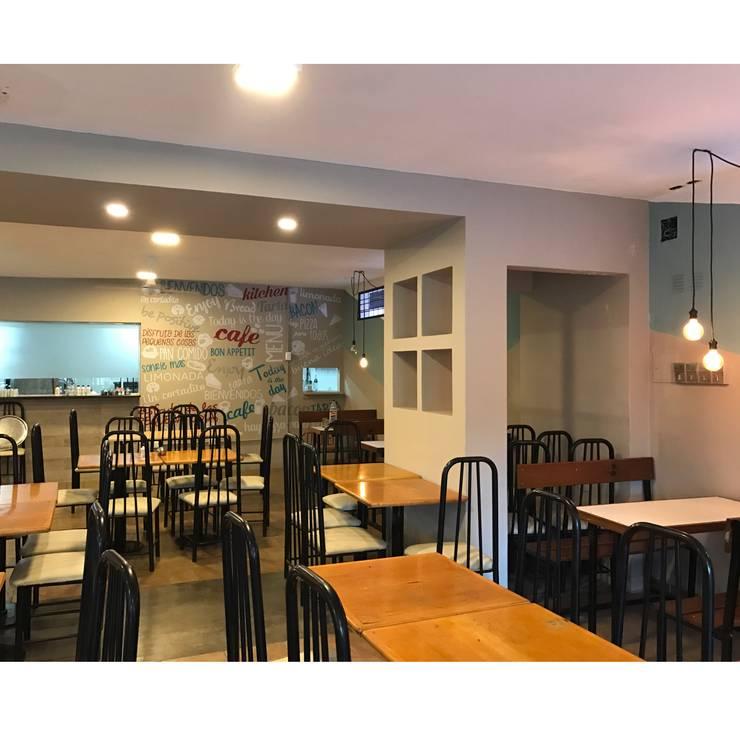 Bar-cafe Universidad Nacional de Tucuman:  de estilo  por ESTUDIO WÄRME,