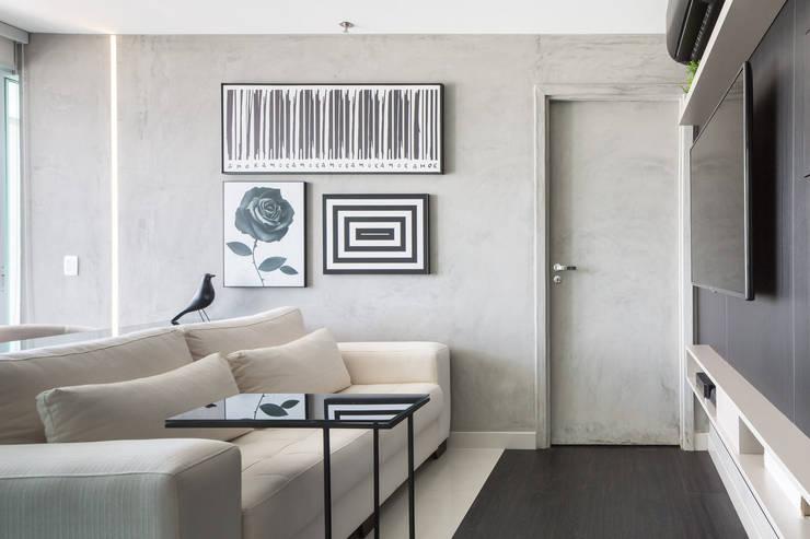 Salas / recibidores de estilo  por Carpaneda & Nasr