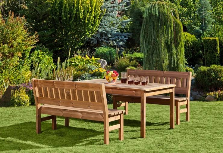 Set da giardino Tavolo + 2 Panche : Giardino in stile  di ONLYWOOD