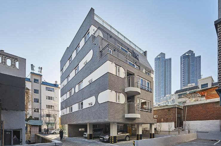 골목길과의 조화: 이이케이 건축사사무소의