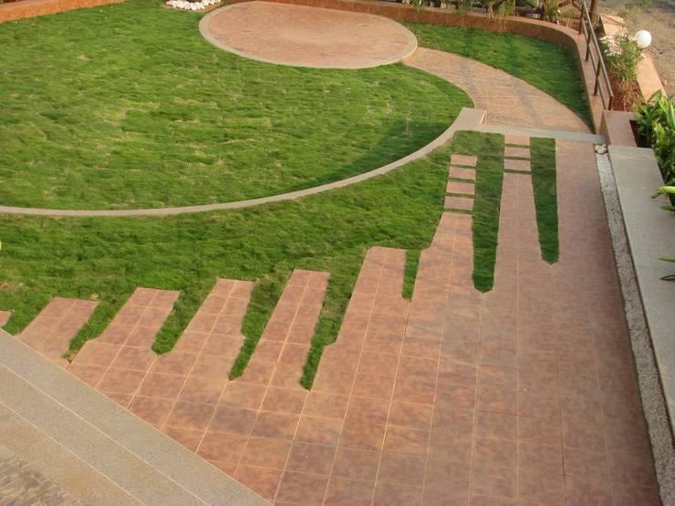 Weekend home at Lonavala:  Garden by Land Design landscape architects,Modern