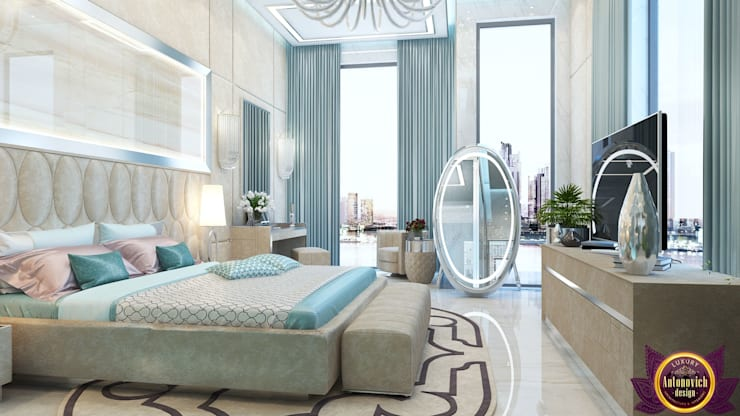 Divine interior design by Katrina Antonovich:  Bedroom by Luxury Antonovich Design,