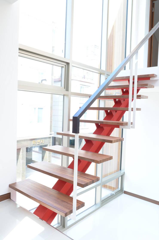 부산 중정주택: 경피리 건축발전소의