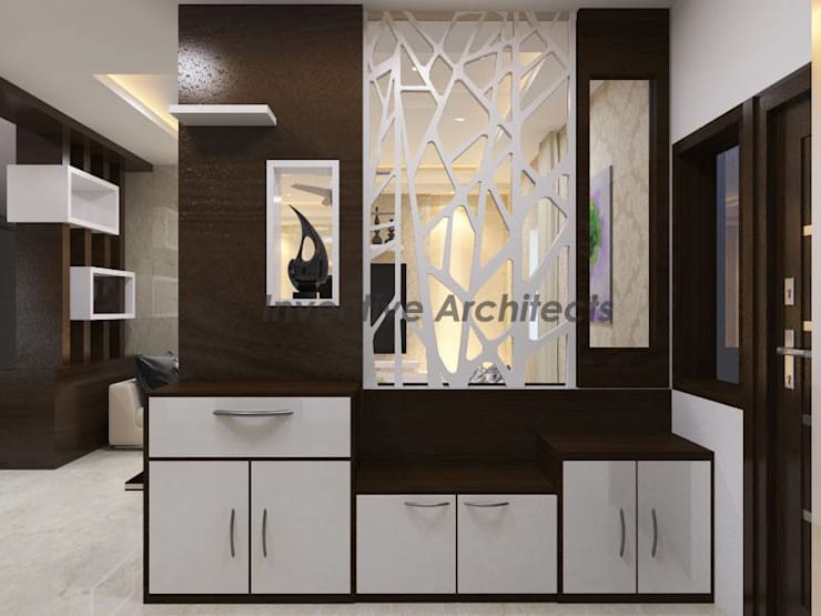 Interior Project for 3BHK Flat:  Living room by Inventivearchitects
