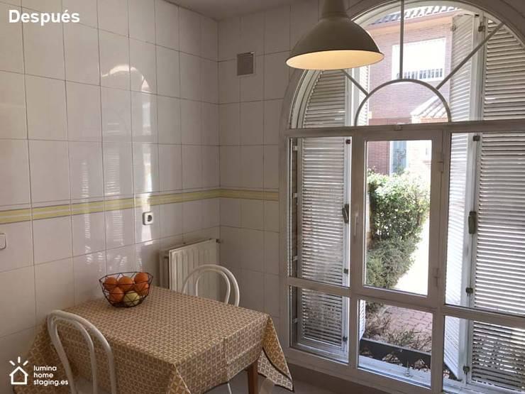 La luz natural siempre es un punto fuerte:  de estilo  de Lúmina Home Staging
