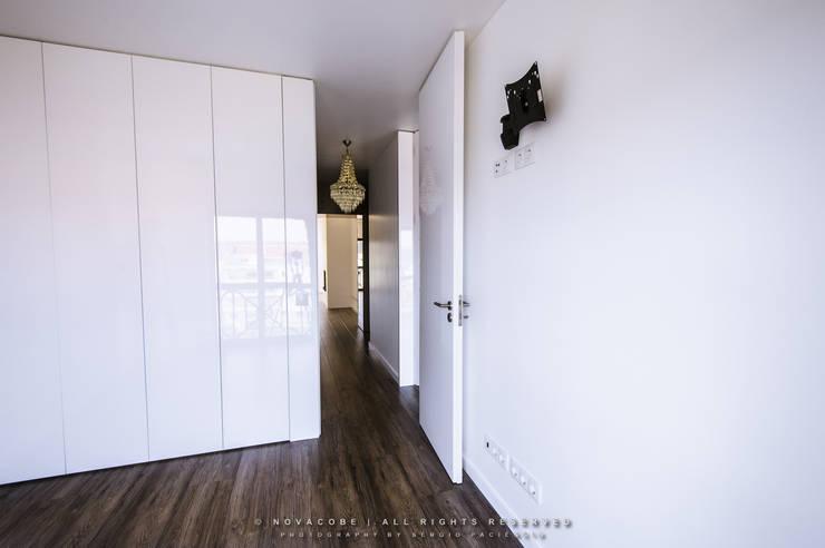 غرفة نوم تنفيذ NOVACOBE - Construção e Reabilitação, Lda.
