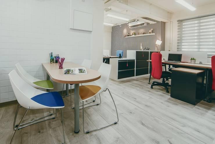 舊房改造出租:   by 坤儀室內裝修設計有限公司
