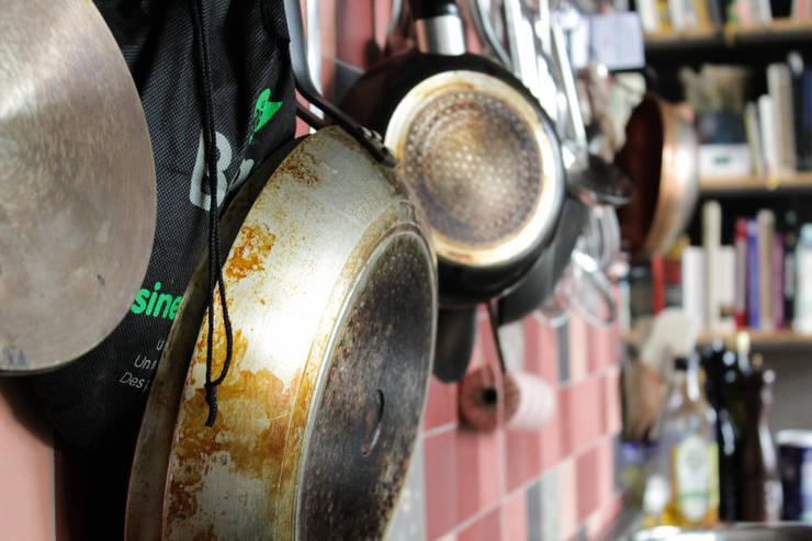 Betonlook Gietvloer bij Cook Your Life | Motion Gietvloeren:  Keuken door Motion Gietvloeren