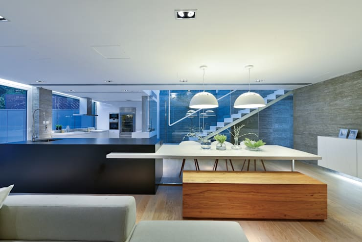 House in Shatin :  Dining room by Millimeter Interior Design Limited