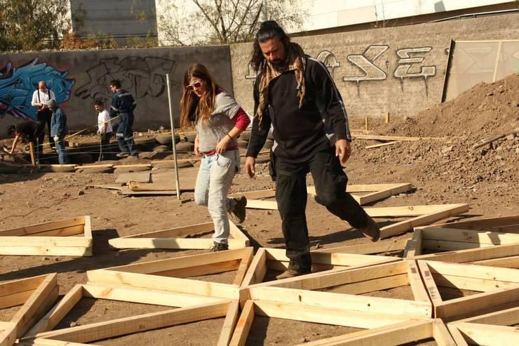 DOMO GEODÉSICO  DE MADERA FRECUENCIA 4V: Casas de estilo  por Ecodomos