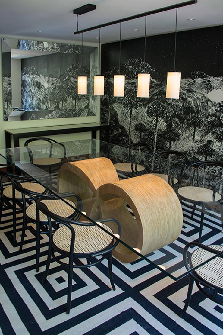 comedor: Comedores de estilo  por Thomas Löwenstein arquitecto
