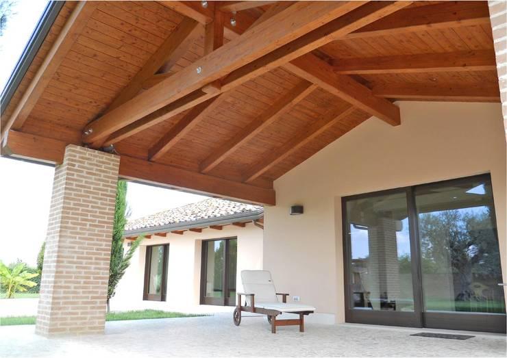 Uma casa perfeita pr fabricada e em madeira for Costantini case in legno