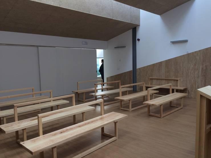 Capela: Escritórios e Espaços de trabalho  por Alberto Lobo Gonçalves, arquitecto