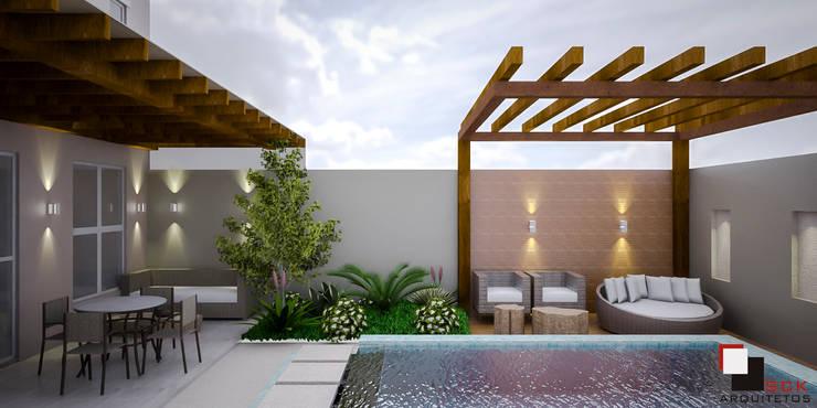 Piscinas de estilo moderno por SCK Arquitetos