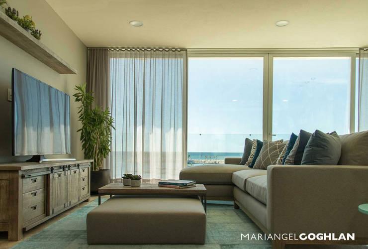 Proyecto Palmas: Salas de estilo  por MARIANGEL COGHLAN