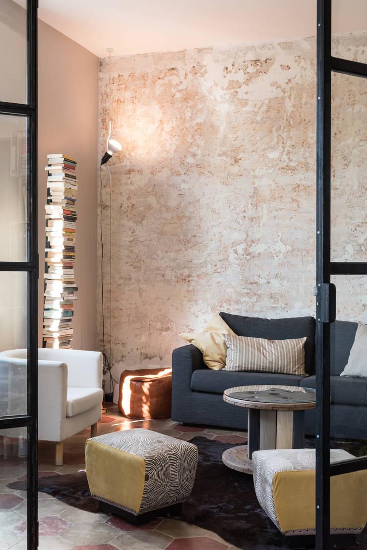ห้องนั่งเล่น โดย Caterina Raddi, อินดัสเตรียล