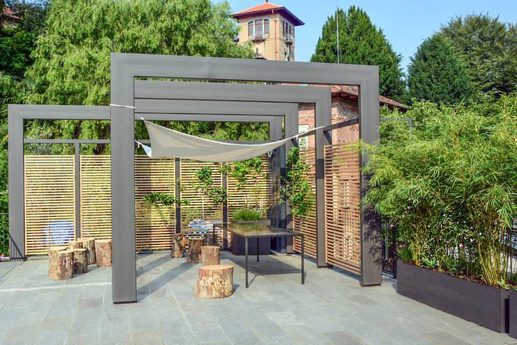 Terrazas de estilo  por Ginkgo Giardini