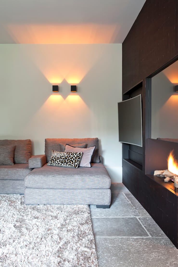 Salas de estar  por Ilse Damhuis Stijlvol Wonen, Moderno