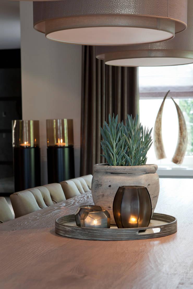 Dining room by Ilse Damhuis Stijlvol Wonen, Modern