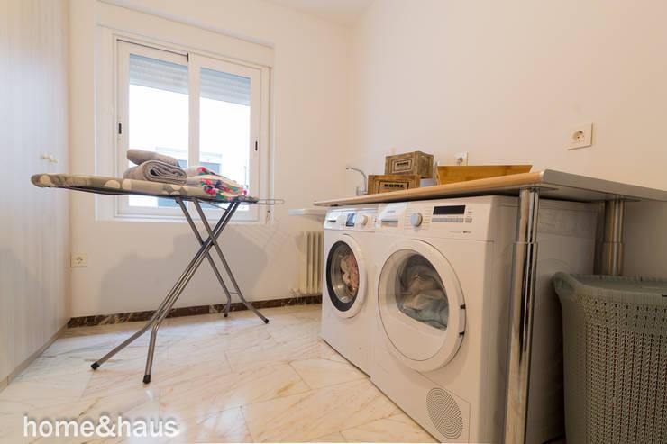 Cocinas de estilo moderno por Home & Haus | Home Staging & Fotografía