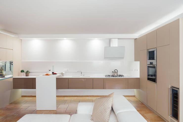Cocinas de estilo  por manuarino architettura design comunicazione