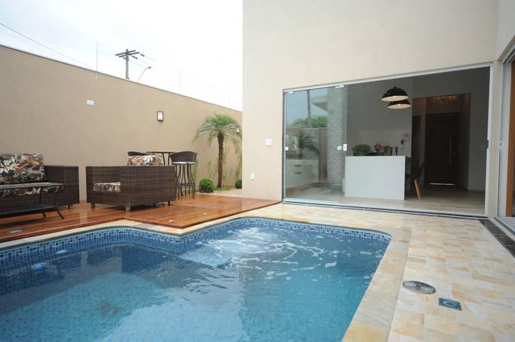 Casas de estilo  por Jorge Machado arquitetura