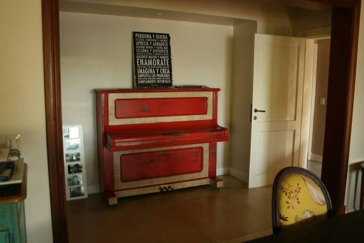 Casa en Tigre: Comedores de estilo  por Rocha & Figueroa Bunge arquitectos,
