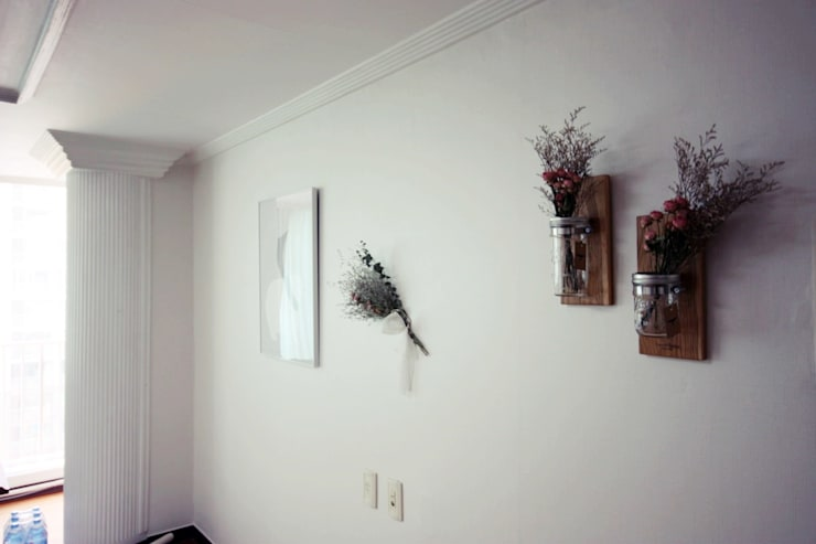 [홈라떼] 양평동 32평 아파트 전세집 홈스타일링 : homelatte의  거실