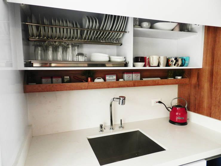 Apartamento Circunvalar: Cocinas de estilo  por BIANCO ED