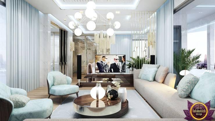 Interiors ideas for large bedroom of Katrina Antonovich:  Bedroom by Luxury Antonovich Design, Modern