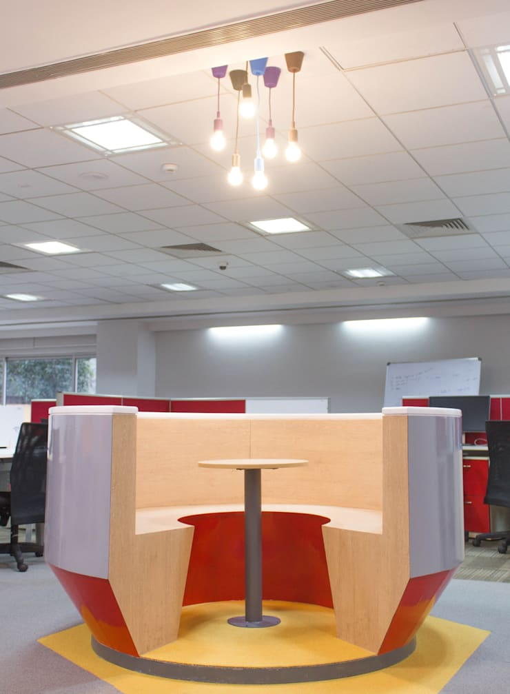Snapdeal Commercial Space Project:  Offices & stores by Praxis Design & Building Solutions Pvt Ltd