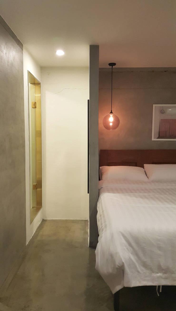 project 1 : 디자인 스튜디오 파브의  침실